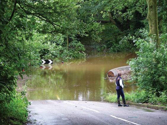 Flood at Alvechurch Highway