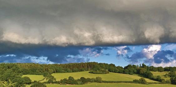 Threatening cloud